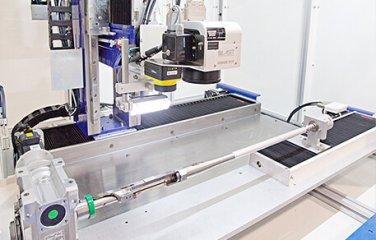 laserove-znacenie-os-w-motorizovany-konik.jpg